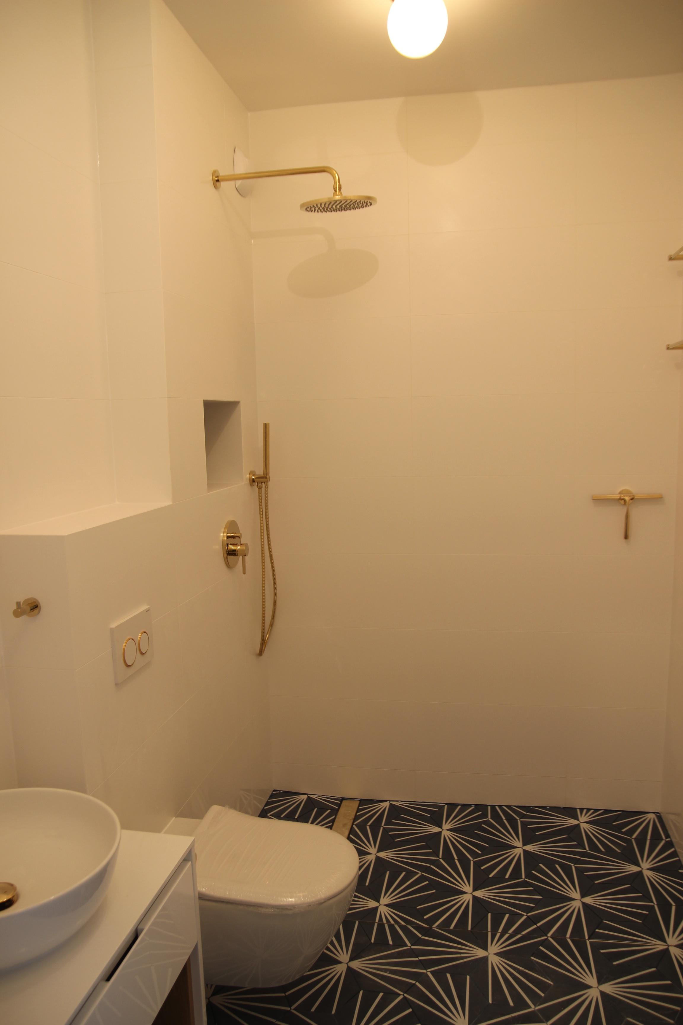 łazienka pozłacana