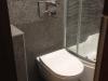 mozaika WC podwieszane